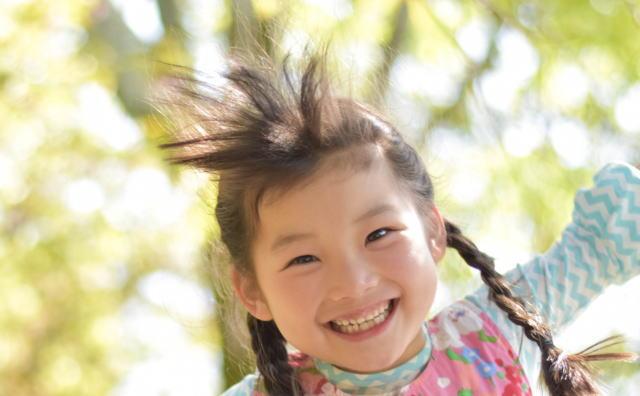 笑顔イメージ画像
